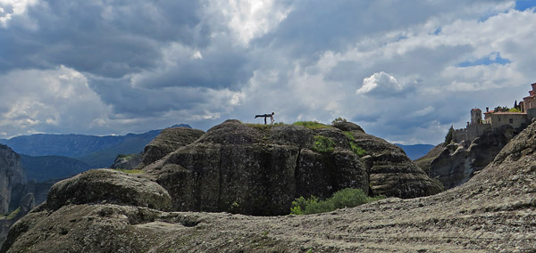 Acro Yoga in Meteora