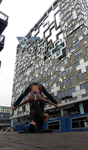 Acro Yoga at The Cube